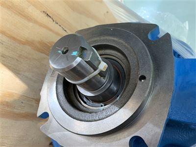 原装威格士变量液压油泵PVQ10A2L