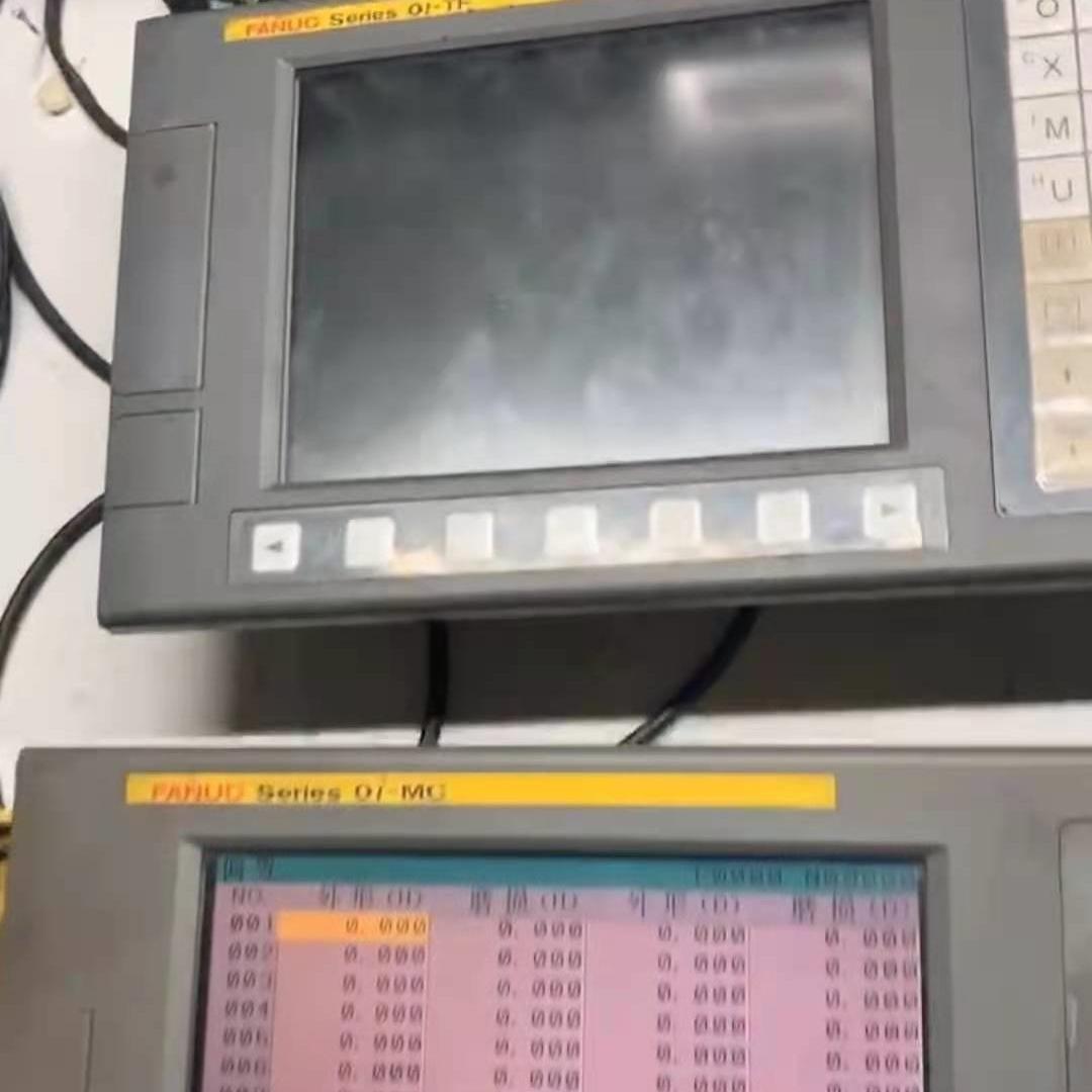 FANUC发那科显示屏开机不能进入程序维修