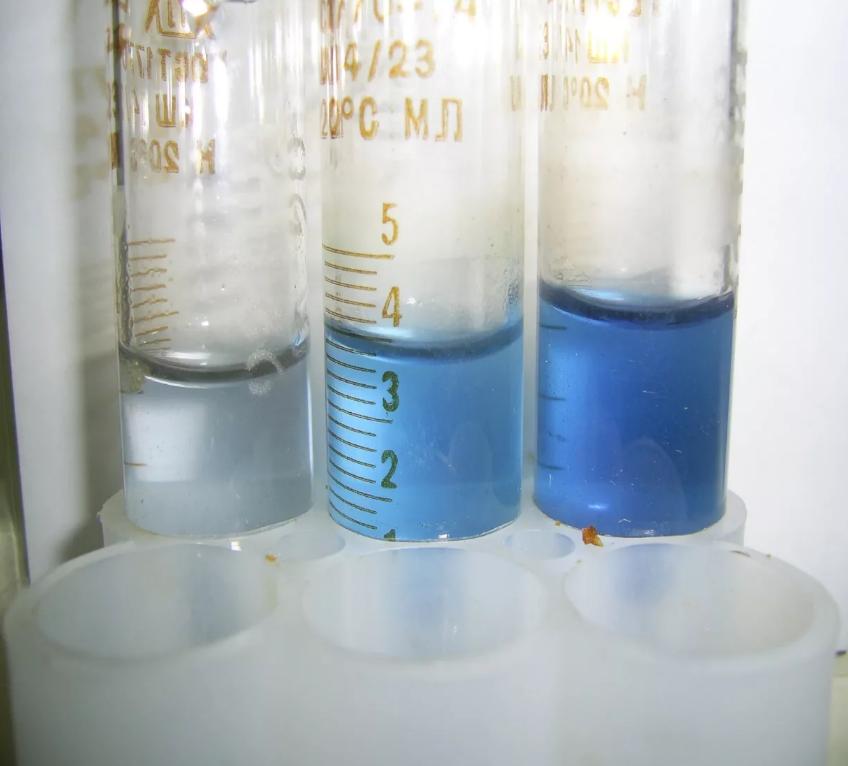 内电解法分析水中溶解氧
